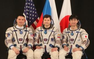 Dr. Lindgren (far left) and crew.